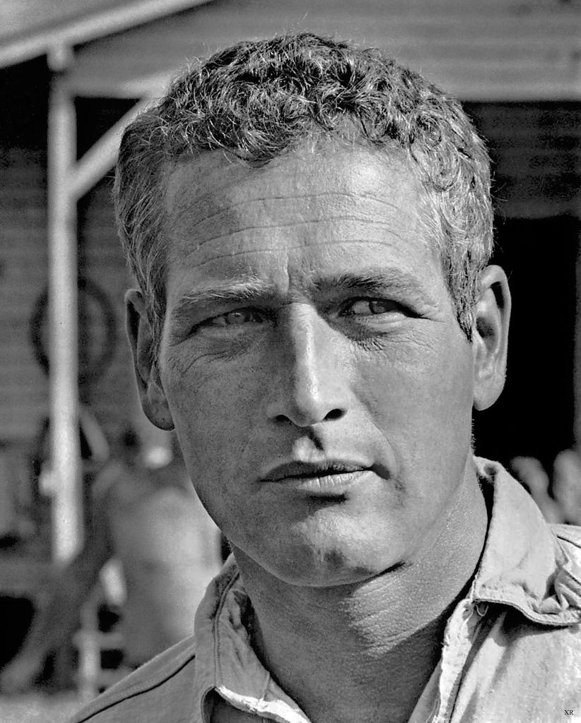 Screen legend dead at 83